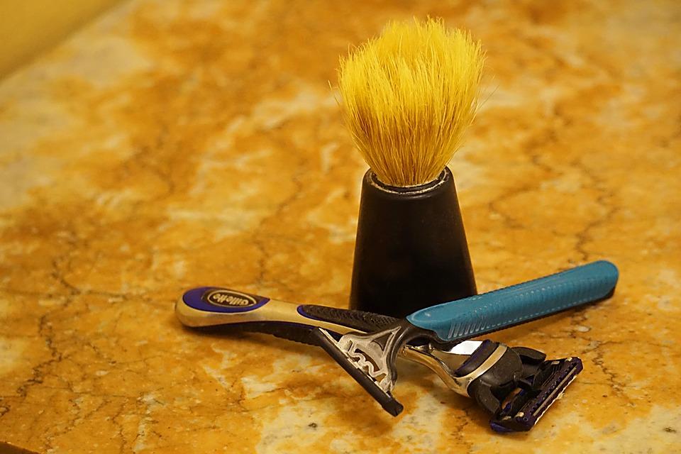ヒゲ剃り道具